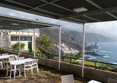 Terraza intermedia con vistas al Teide y el Norte de Tenerife desde la Sociedad Tagoro